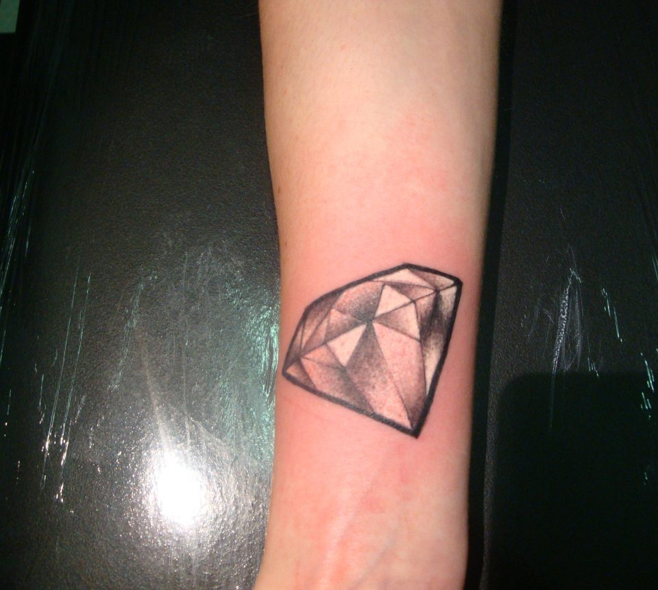 newschool diamond tattoo at Inkfish tattoo shop